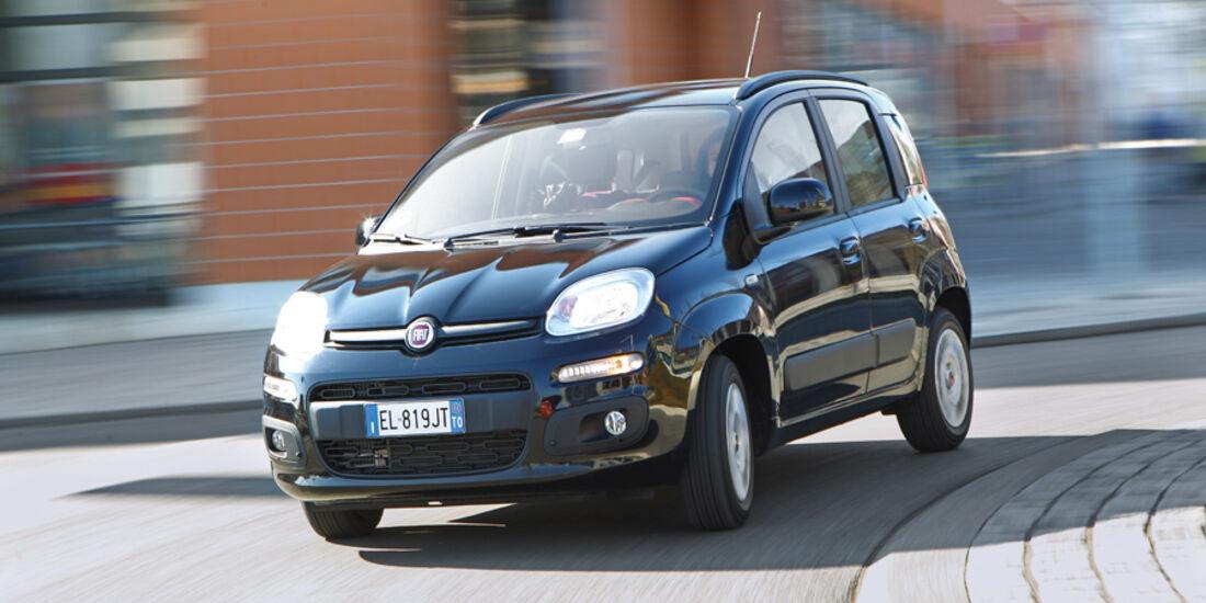 Fiat Panda 1.3 Multijet 16V Lounge, Frontansicht, Kurve