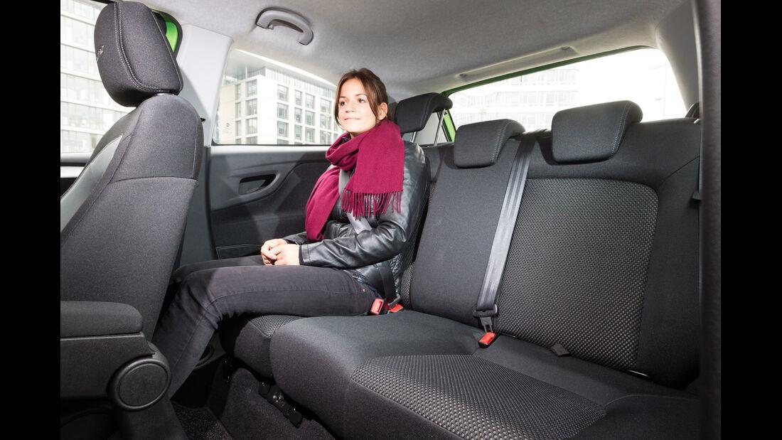 Fiat Punto 0,9 Twinair, Rücksitz, Beinfreiheit