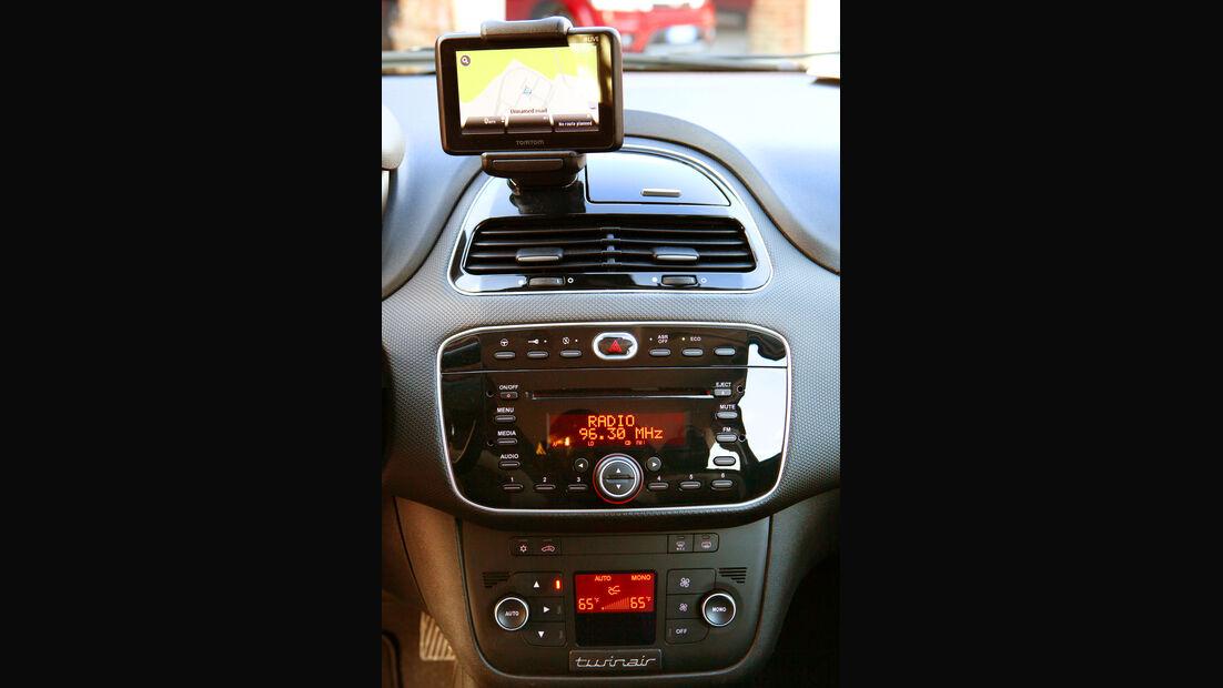 Fiat Punto 0,9 Twinair Start&Stopp Easy, Mittelkonsole