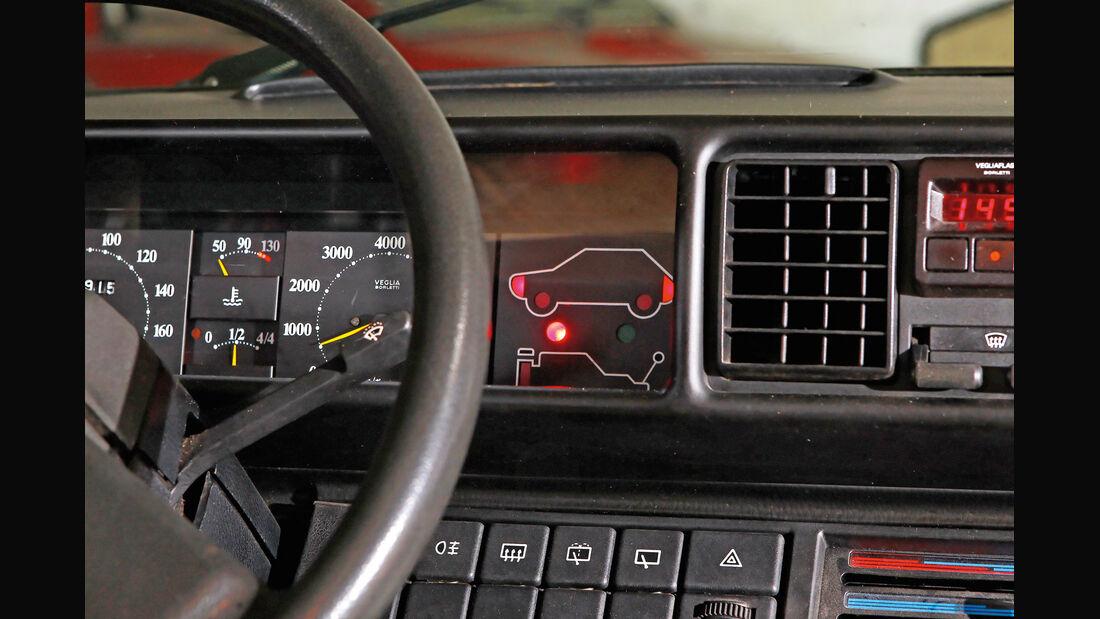Fiat Ritmo S85 Supermatic, Check-Control