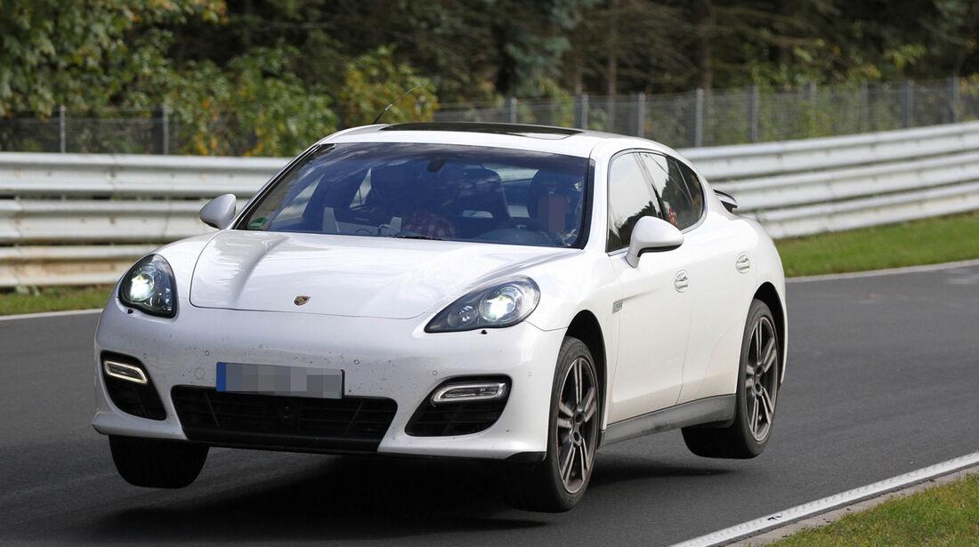 Fliegende Erlkönige, Porsche Panamera
