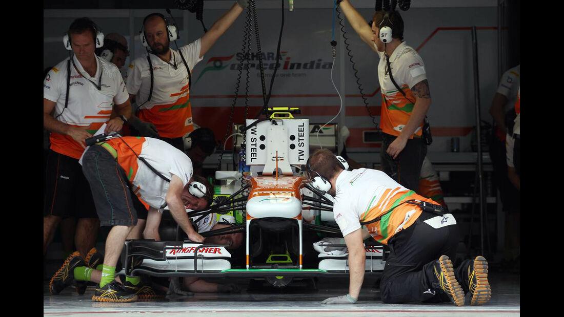 Force India Box - Formel 1 - GP Bahrain - 20. April 2013