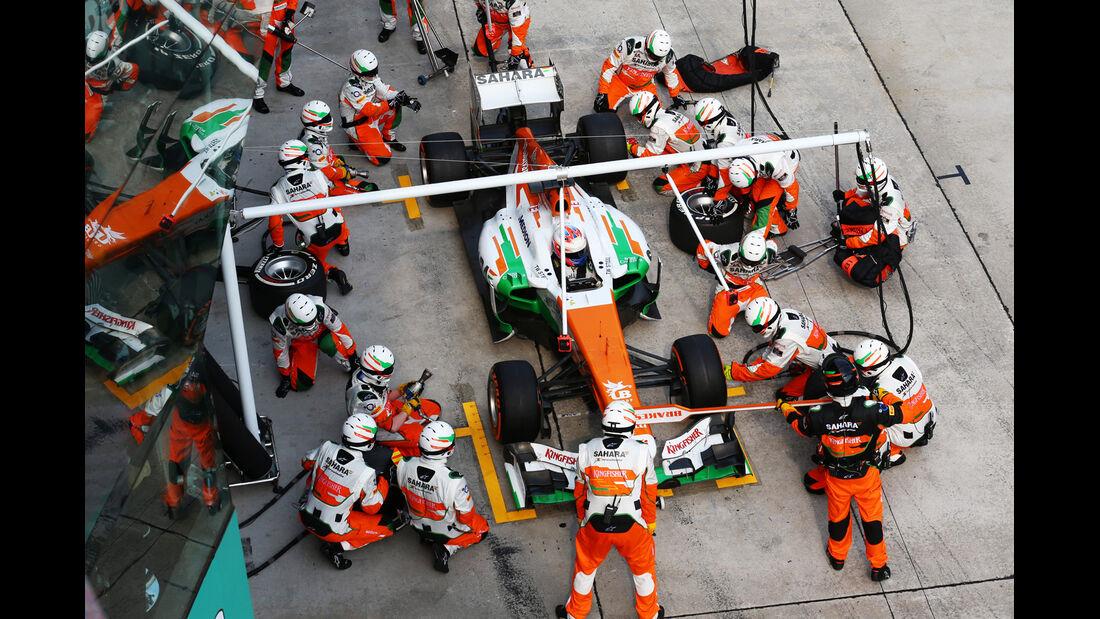 Force India - Boxenstopp - Formel 1 2013
