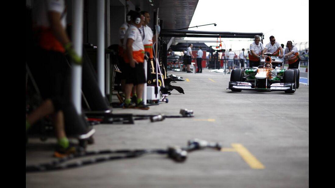 Force India Training Boxenstopp  - Formel 1 - GP Indien - 25. Oktober 2012