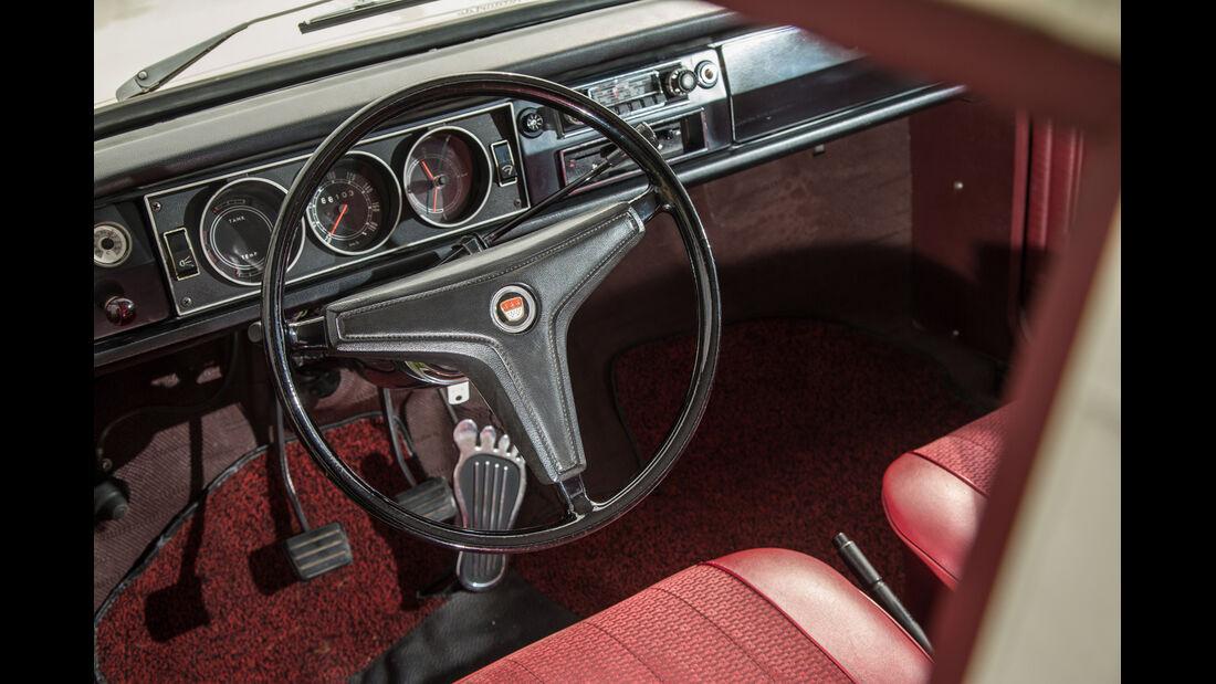 Ford 12 M P6, Cockpit, Lenkrad