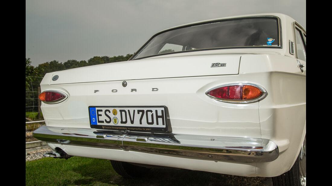 Ford 12 M P6, Heck, Heckleuchte