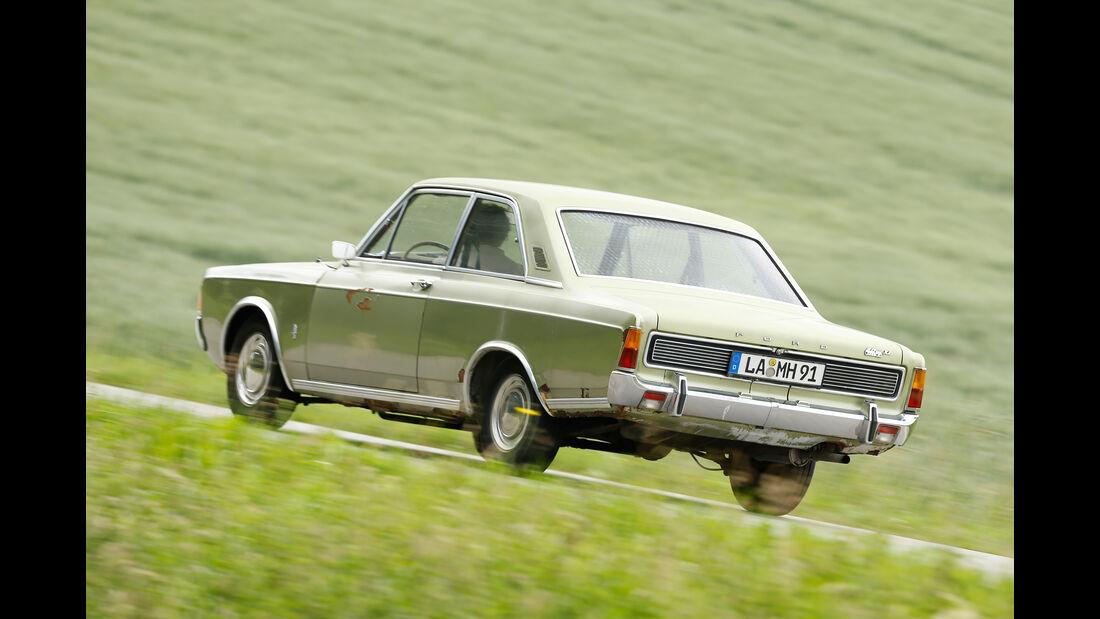 Ford 17M / 20M (P7), Heckansicht