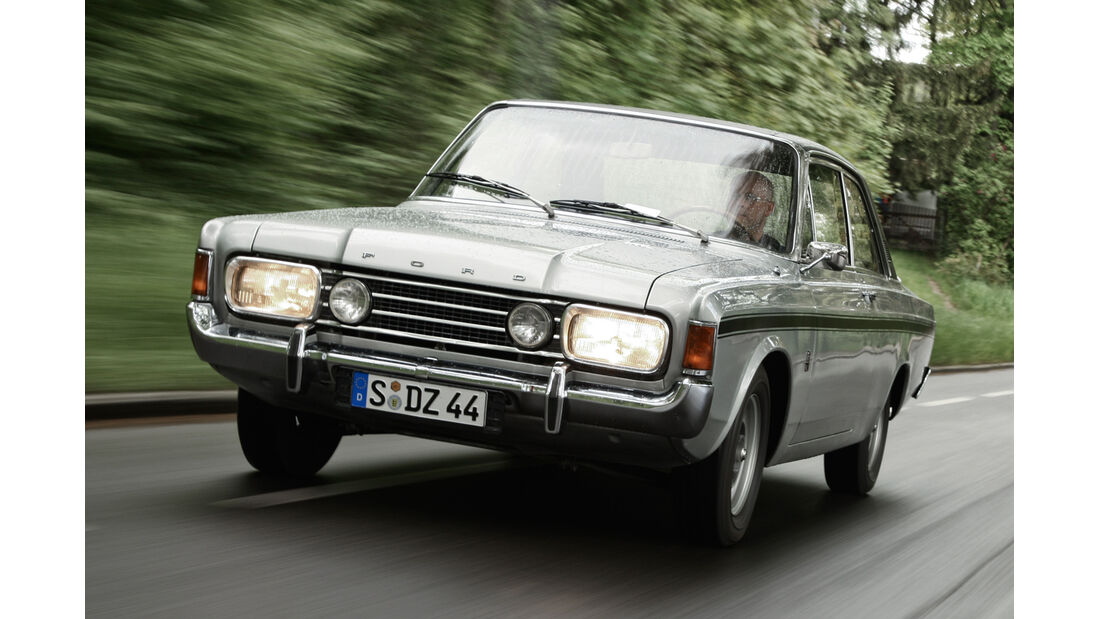 Ford 17M RS, Frontansicht