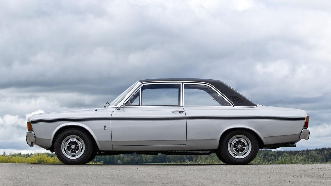Ford 17M RS, Seitenansicht