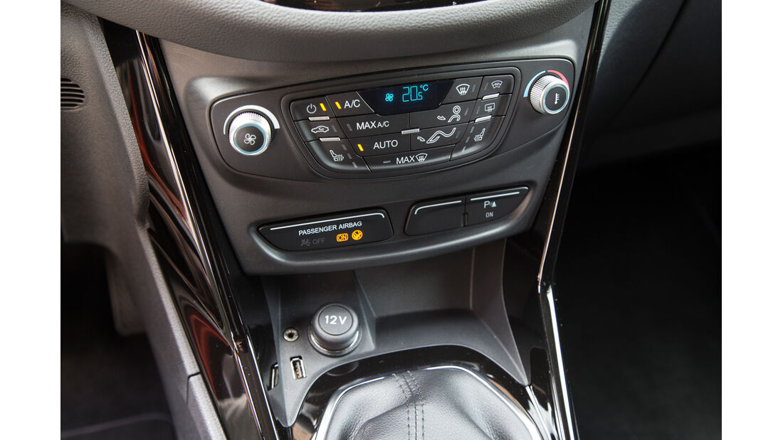 Ford B-Max, Mittelkonsole