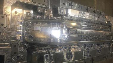 Ford Baby Bronco Kühlergrill