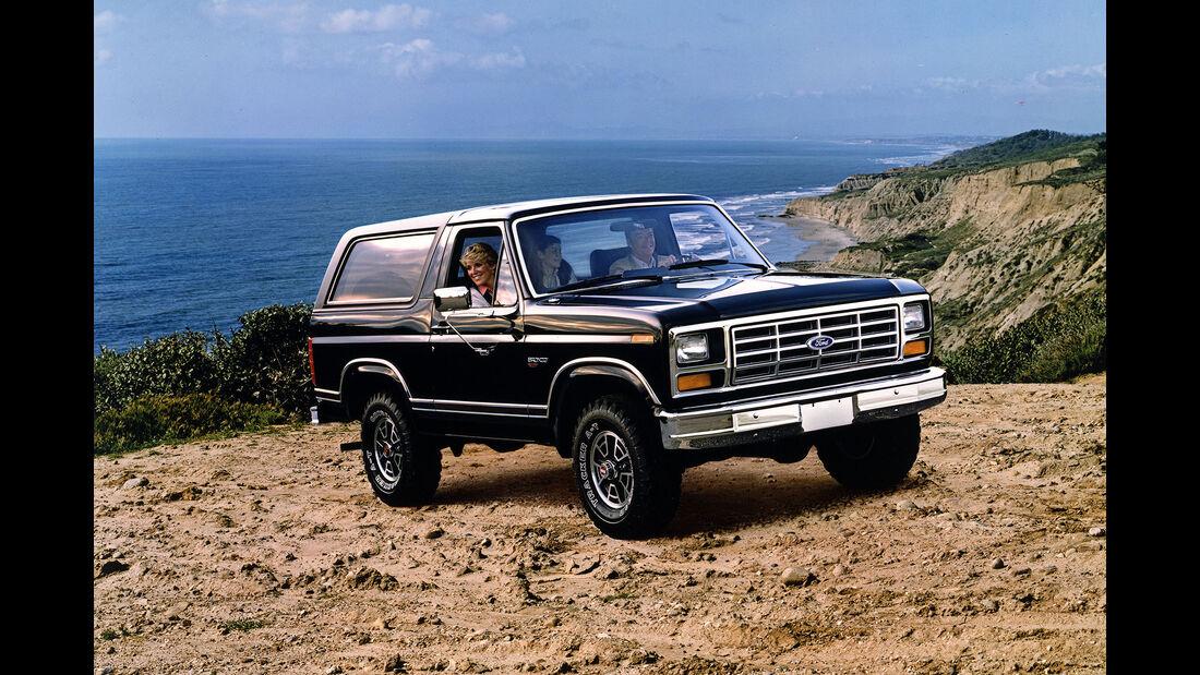 Ford Bronco Version 1983