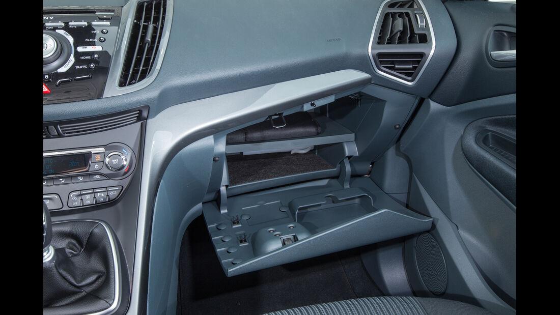 Ford C-Max 1.6 Ecoboost, Hanschuhfach