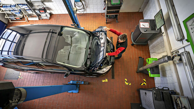 Ford C-Max, Werkstatt