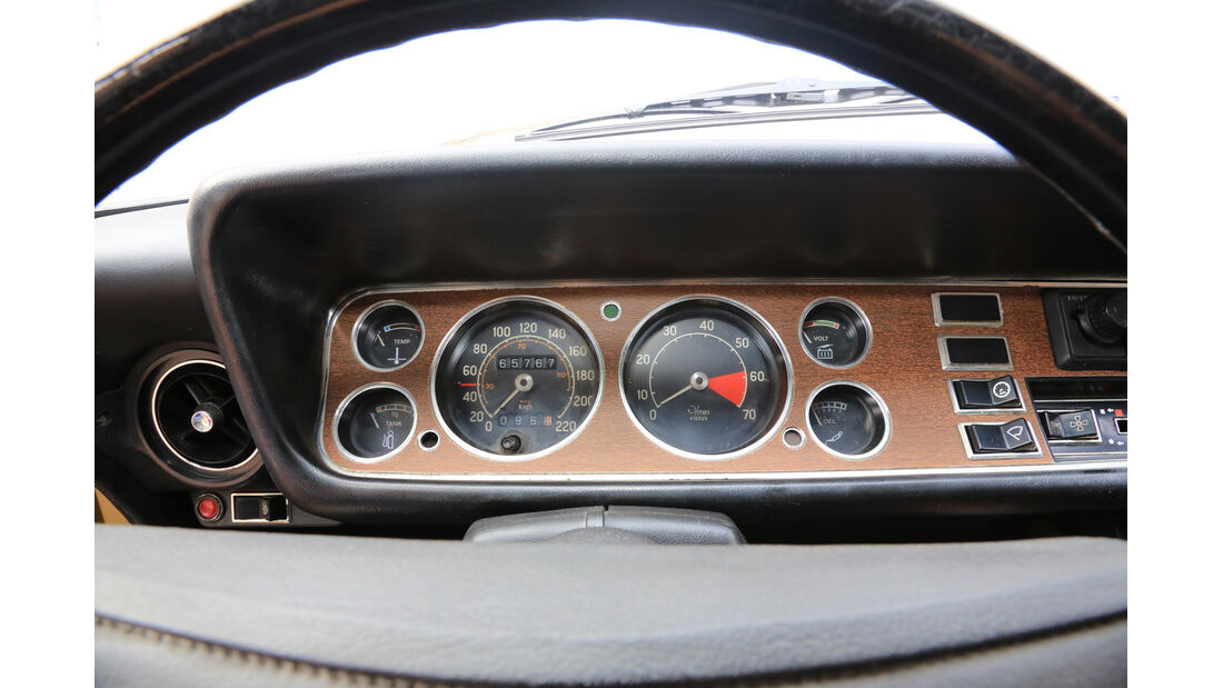 Ford Capri 2300 GT, Rundinstrumente