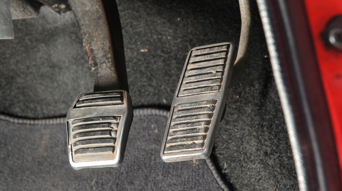 Ford Capri Perana, Pedale, Padalerie