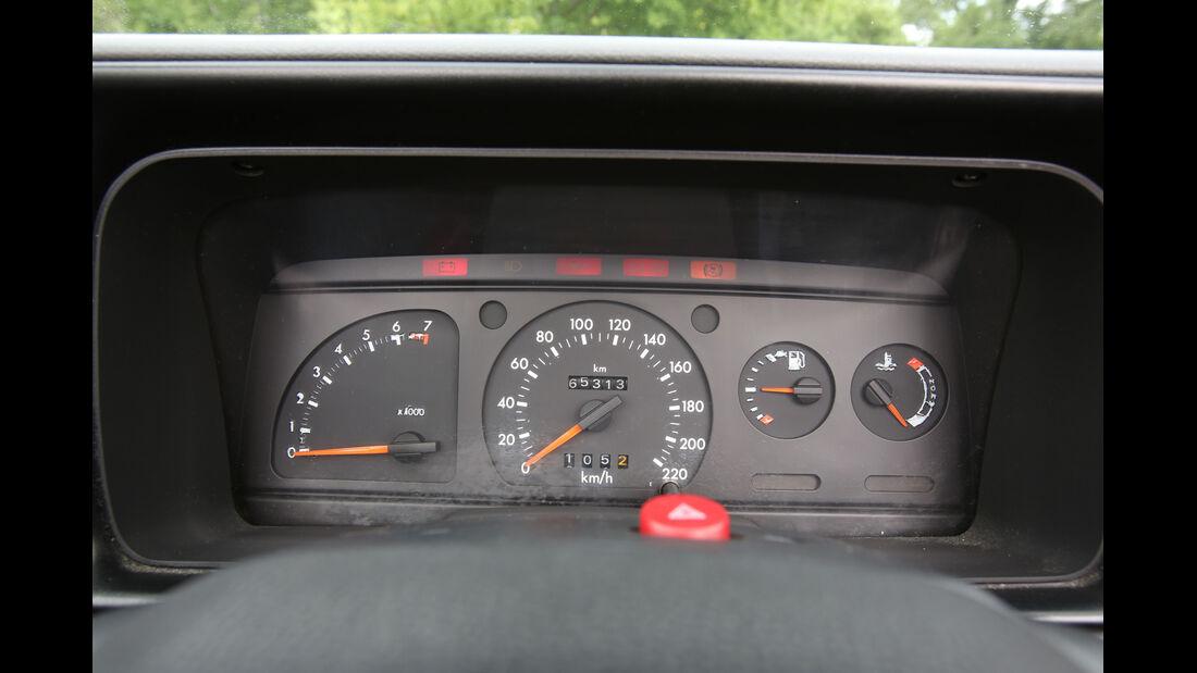 Ford Escort 1.6 XR3i Cabriolet, Rundinstrumente