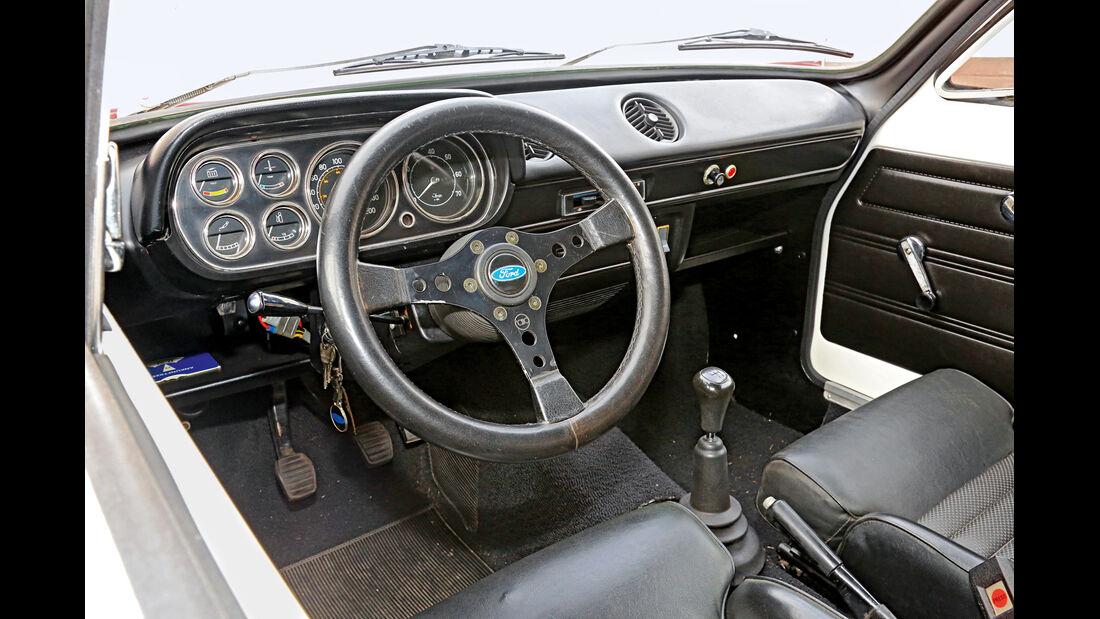 Ford Escort I RS 2000, Cockpit
