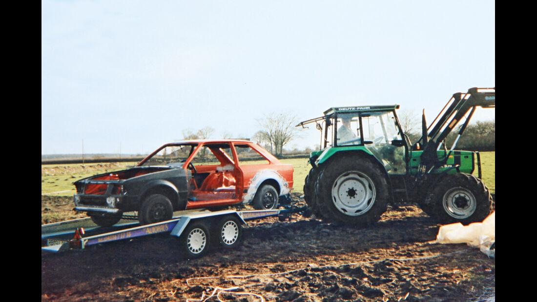 Ford Escort RS 1600i, Traktor, Karosserie