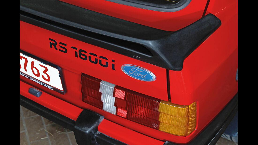 Ford Escort RS 1600i, Typenbezeichnung, Heck