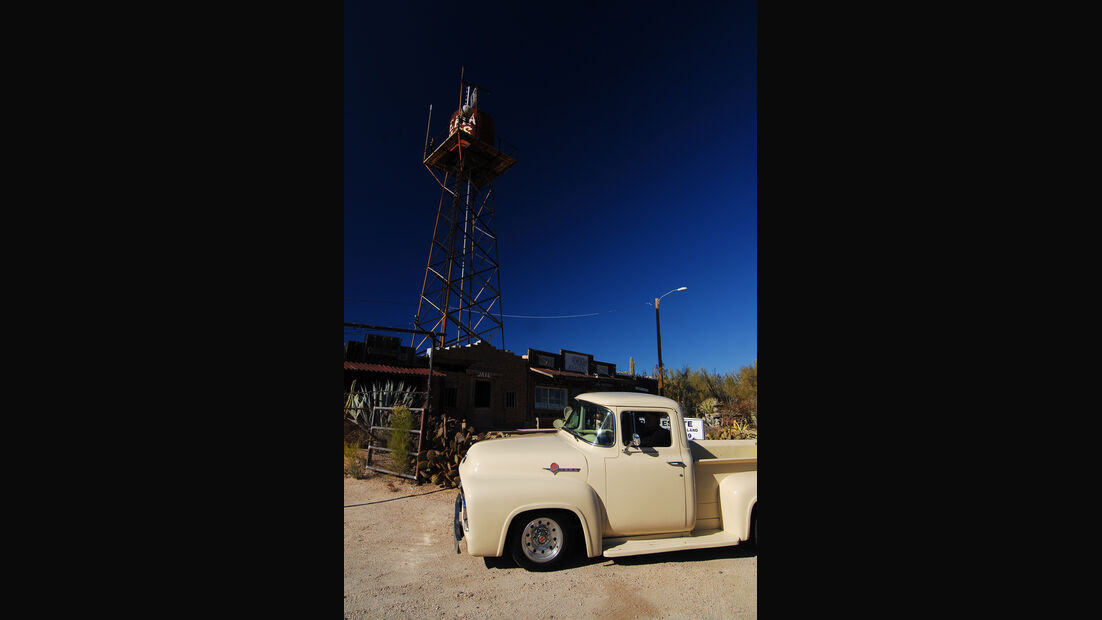 Ford F 100, Front
