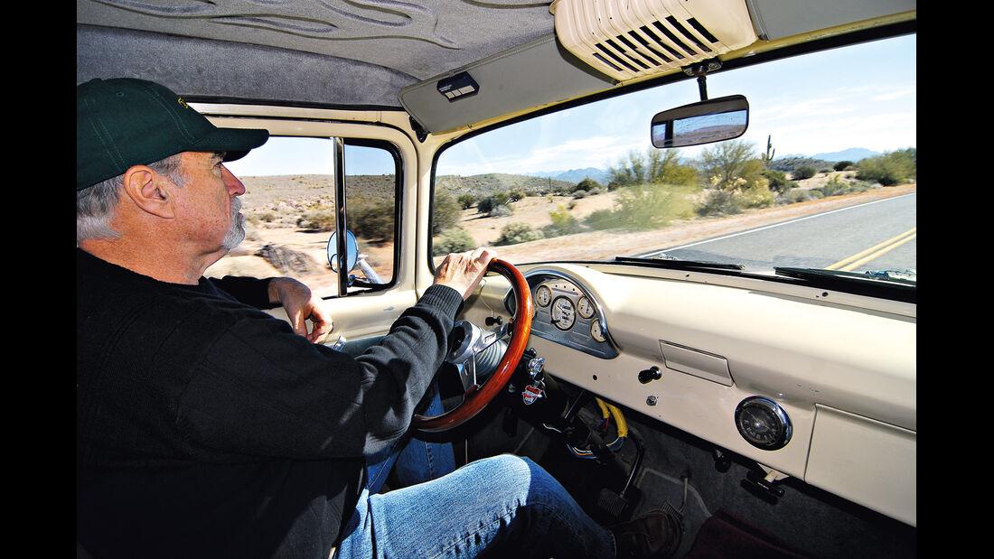 Ford F 100, Steve Warnecke , Cockpit