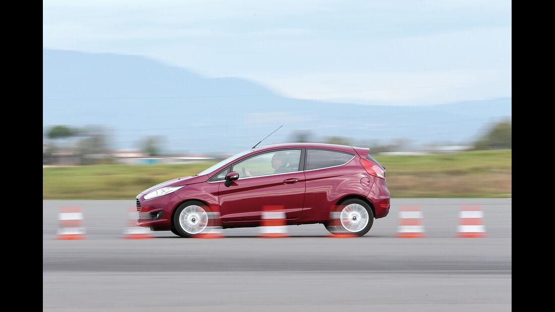 Ford Fiesta 1.0 EcoBoost, Seitenansicht, Bremstest