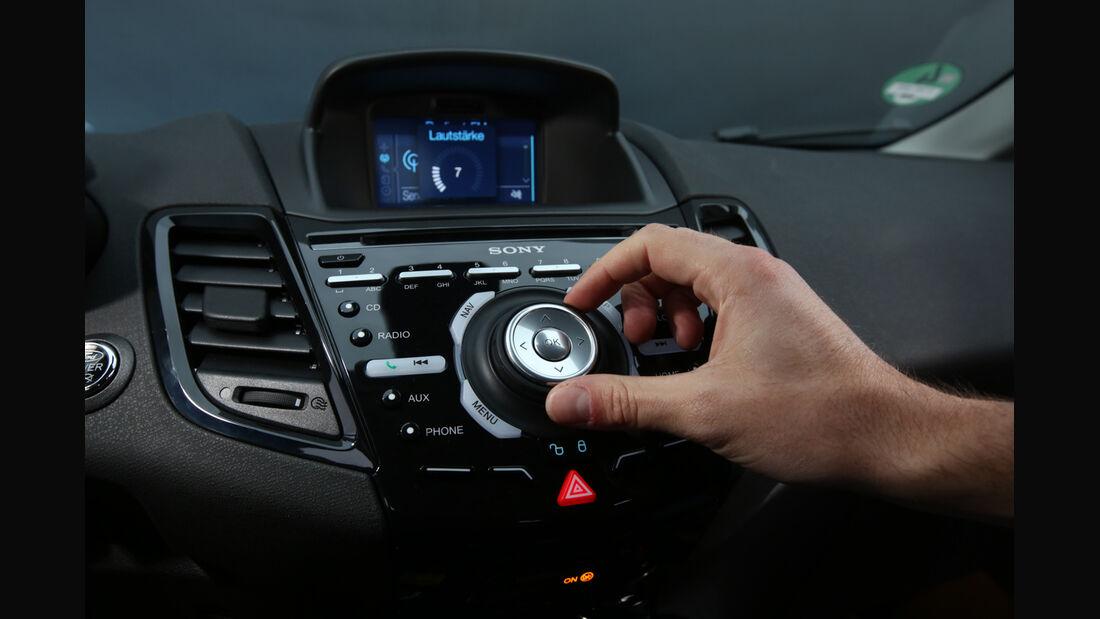 Ford Fiesta 1.0 Ecoboost, Bedienelement