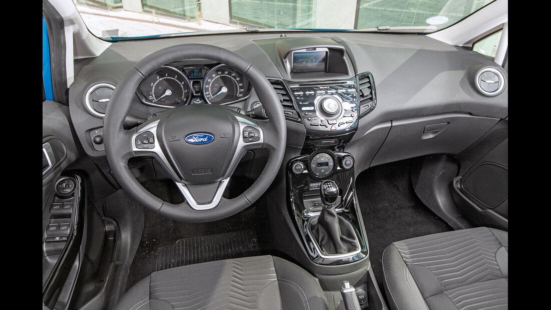 Ford Fiesta 1.0 Ecoboost, Cockpit
