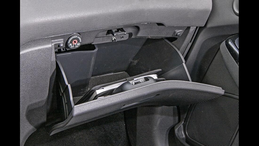 Ford Fiesta 1.0 Ecoboost, Handschuhfach