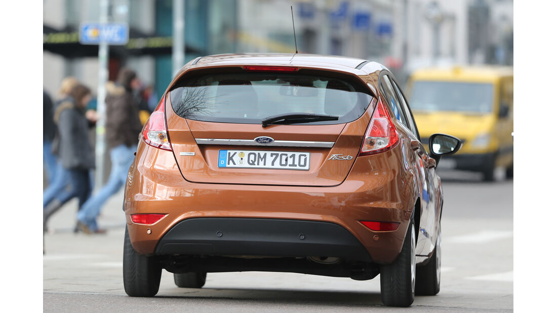 Ford Fiesta 1.0 Ecoboost Start-Stopp Titanium, Heckansicht
