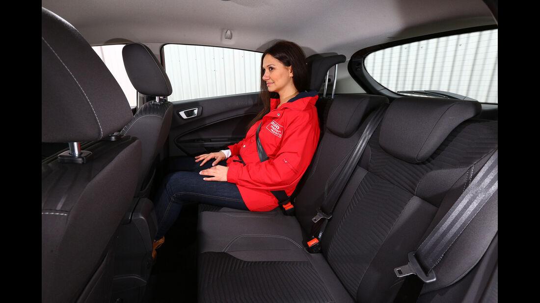 Ford Fiesta 1.0 Ecoboost Start-Stopp Titanium, Rücksitz, Beinfreiheit