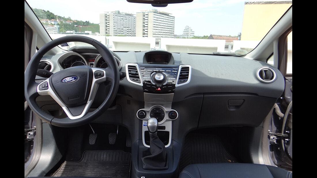 Ford Fiesta 1.4 im Innenraum-Check, Cockpit