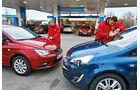 Ford Fiesta, Kia Rio, Opel Corsa, Peugeot 208, Seat Ibiza, Tankstelle