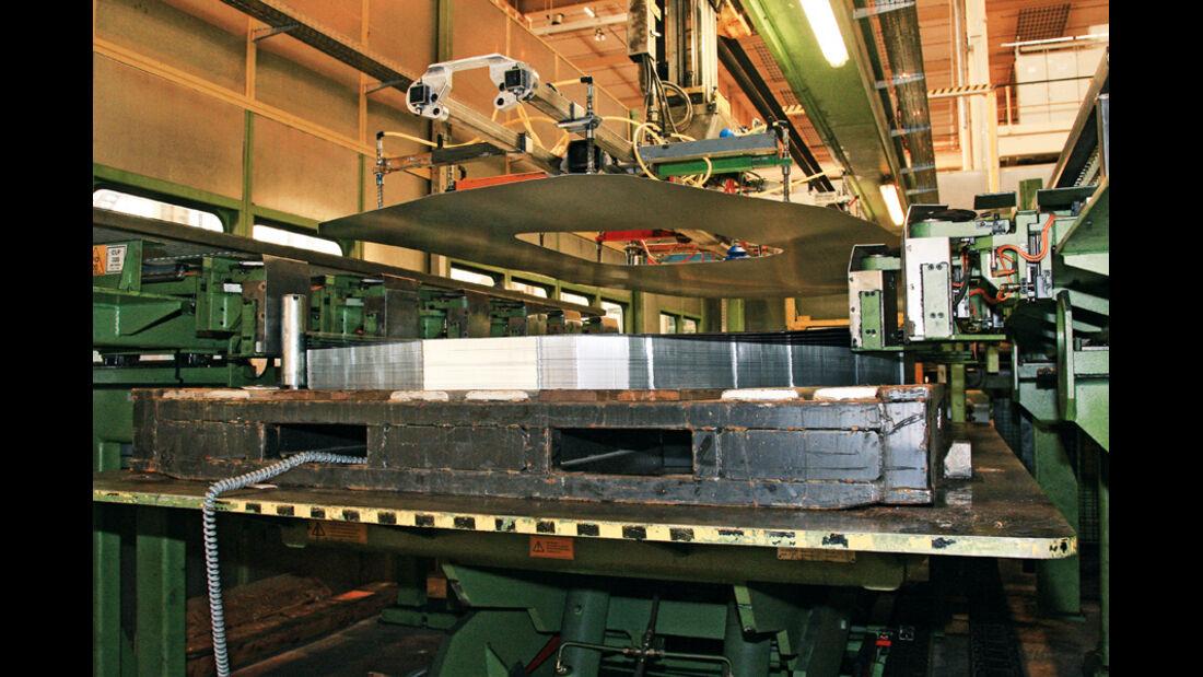 Ford Fiesta, Produktion, Stahl, Presse
