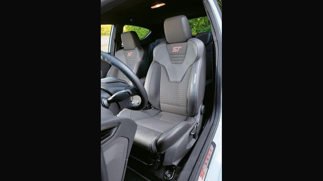Ford Fiesta ST200, Fahrersitz