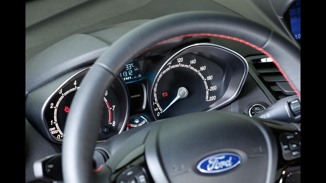Ford Fiesta Sport, Rundinstrumente