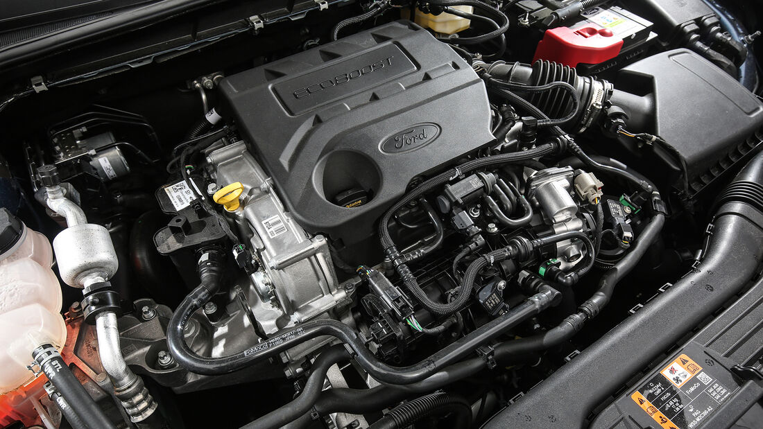 Ford Focus 1.0 EcoBoost Active, Motorraum