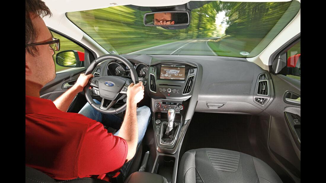 Ford Focus 1.0 Ecoboost, Cockpit, Fahrersicht