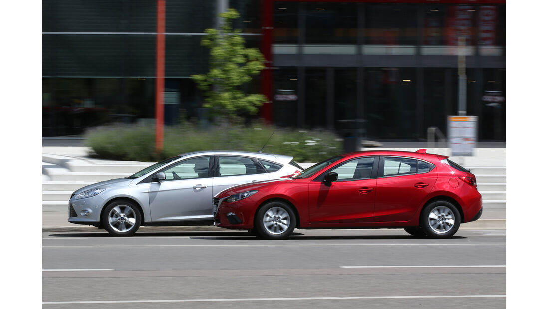 Ford Focus 1.0 Ecoboost, Mazda 3 Skyaktiv-G 100, Seitenansicht