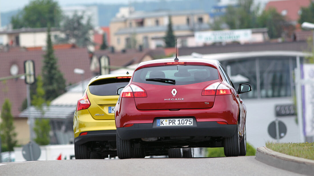 Ford Focus 1.0 Ecoboost, Renault Mégane TCe 130, Heckansicht