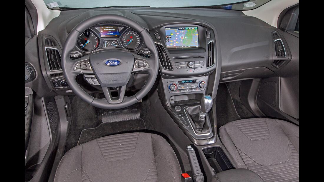 Ford Focus 1.5 Ecoboost, Cockpit