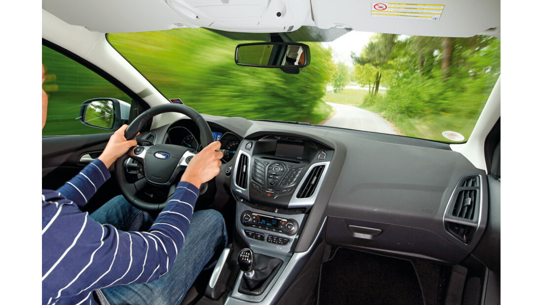 Ford Focus 1.6 ECOBOOST, Cockpit, Fahrt