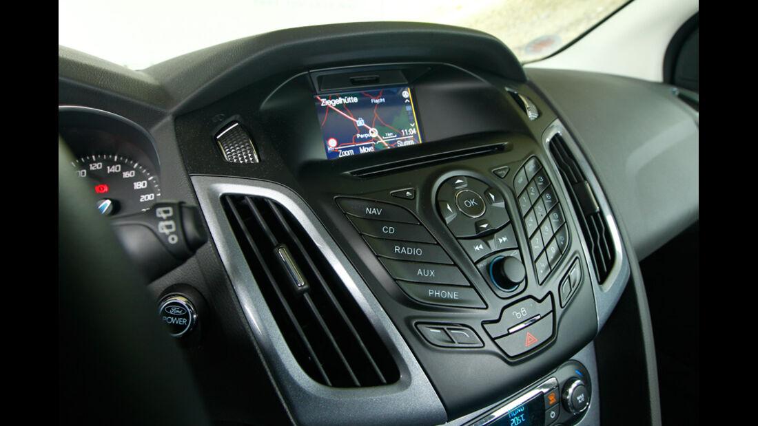 Ford Focus 1.6 ECOBOOST, Detail, Lenkrad