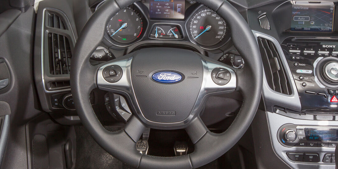 Ford Focus 1.6 Eciboost Turnier, Lenkrad