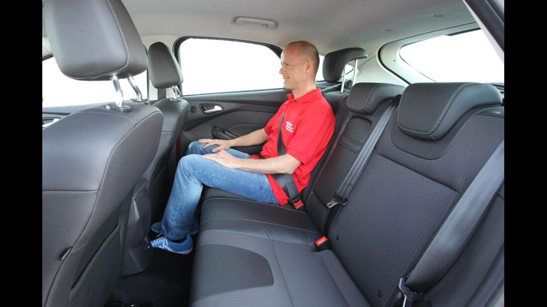 Ford Focus 1.6 Ecoboost, Rücksitz, Platz
