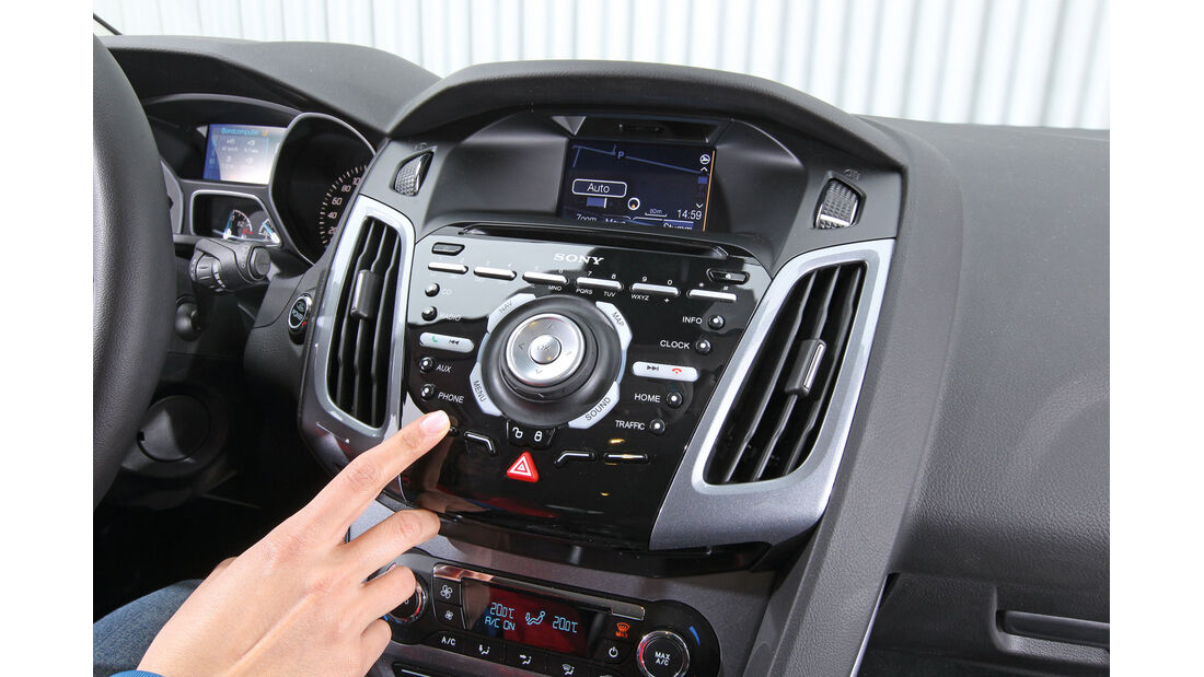 Ford Focus 1.6 Ecoboost Titanium, Mittelkonsole
