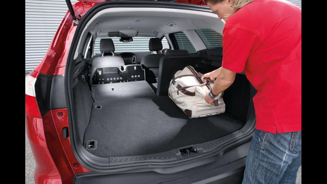 Ford Focus 1.6 Ecoboost Turnier Titan, Laderaum, Rückbank umkgeklappt