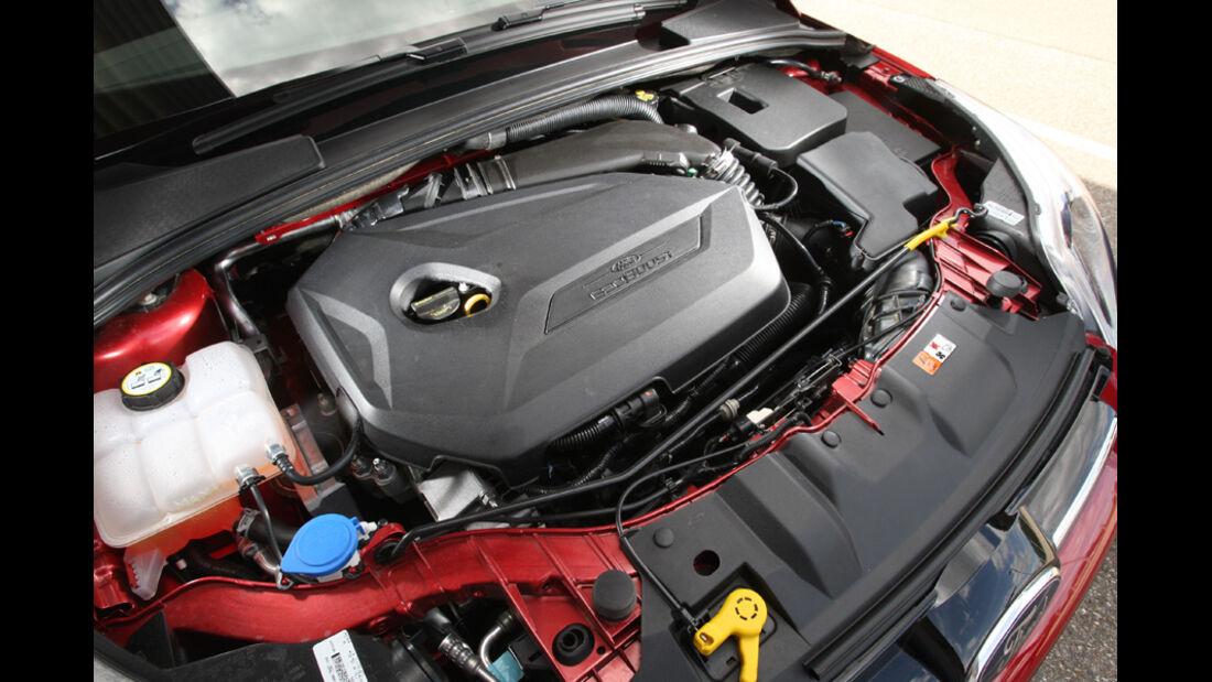 Ford Focus 1.6 Ecoboost Turnier Titan, Motor, Motorraum