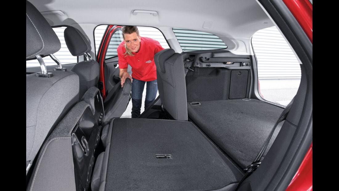 Ford Focus 1.6 Ecoboost Turnier Titan, Rückbank umgeklappt, Alexander Bloch
